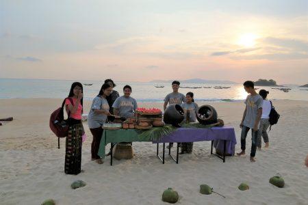 MYANMAR – Dawei – Tizit Beach: Sunset Fishing Experience