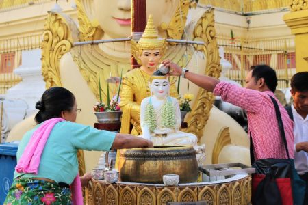 MYANMAR – Yangon – Visit Shwedagon like a local pilgrim