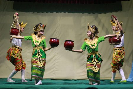 MYANMAR – Mandalay – Traditional Dance Performance at Mintha Theater