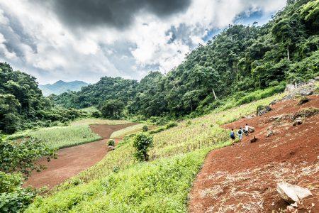 LAOS – Luang Prabang – Self-Guided Hike from Ban Long Lao to Kuang Sy Waterfalls